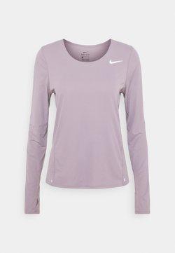 Nike Performance - CITY SLEEK - Camiseta de deporte - purple smoke/silver