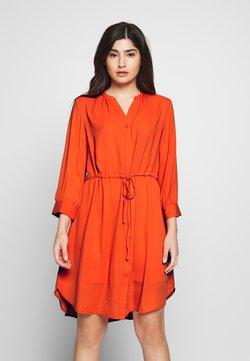 Selected Femme Petite - SLFDAMINA DRESS - Vestido informal - orange
