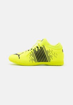 Puma - FUTURE Z 4.1 IT - Indoor football boots - yellow alert/black/white