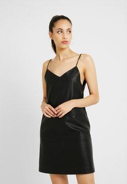 Noisy May Tall - NMJOFF SHORT DRESS - Robe d'été - black