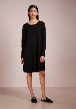 Repeat - Vestido de punto - black