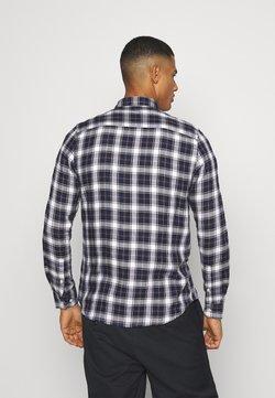 Burton Menswear London - LONG SLEEVE CHECK - Camisa - navy