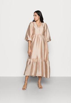 InWear - YIVA DRESS - Cocktailkleid/festliches Kleid - powder beige