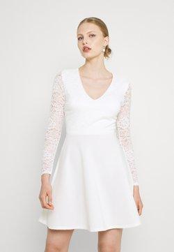 WAL G. - MICHELLE SKATER - Cocktailkleid/festliches Kleid - white