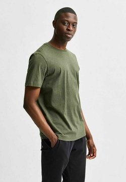 Selected Homme - SLHNORMAN O NECK TEE  - T-shirt basic - forest night