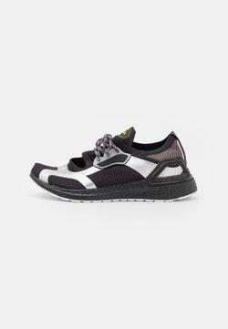 adidas by Stella McCartney - ASMC ULTRABOOST REFLECT - Laufschuh Neutral - core black/footwear white