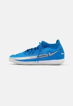 Nike Performance - PHANTOM GT ACADEMY DF IC - Indoor football boots - photo blue/metallic silver/rage green