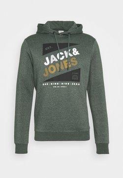 Jack & Jones - JCODEFENDER HOOD - Hoodie - darkest spruce