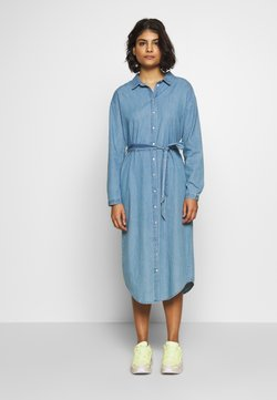 Moss Copenhagen - LYANNA DRESS - Jeanskleid - mid blue wash