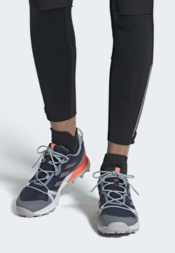 adidas Performance - TERREX SKYCHASER LT GORE-TEX HIKING SHOES - Kletterschuh - blue