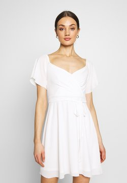 Nly by Nelly - LUSCIOUS DRESS - Vestido de cóctel - white