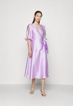 Gina Tricot - MILLY WRAP DRESS - Cocktailkleid/festliches Kleid - light purple