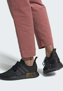 adidas Originals - NMD_R1  - Sneakersy niskie - black