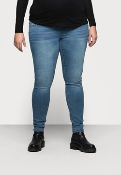 Mamalicious Curve - MLSARNIA - Jeans Slim Fit - medium blue denim