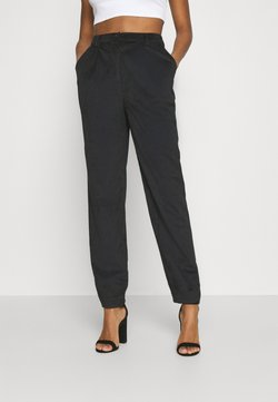 NA-KD - NARROW HEM TROUSERS - Pantalon classique - black