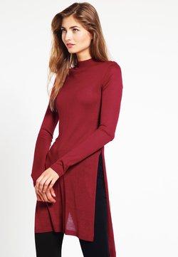 Urban Classics - LADIES FINE KNIT TURTLENECK LONG SHIRT - Jersey de punto - burgundy
