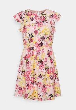 Vero Moda - VMGIGI SHORT DRESS - Vapaa-ajan mekko - light pink