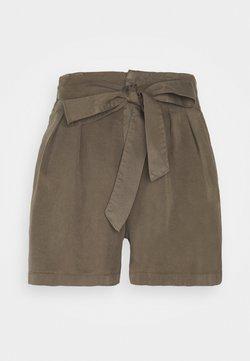 Vero Moda Petite - VMMIA SUMMER - Shorts - bungee cord