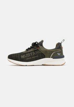 Mustang - Sneaker low - oliv