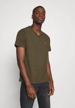 Levi's® - VNECK - T-shirt imprimé - olive night