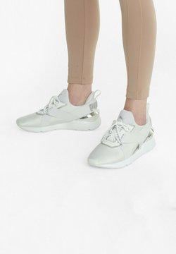 Puma - Matalavartiset tennarit - white- white