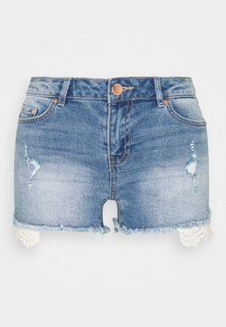 ONLY Tall - ONLCARMEN LIFE - Jeans Shorts - medium blue denim