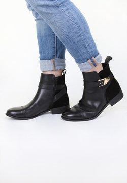 COX - TREND - Stiefelette - schwarz
