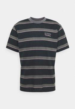 Afends - FIGHT STRIPE RETRO FIT TEE UNISEX - T-Shirt print - black