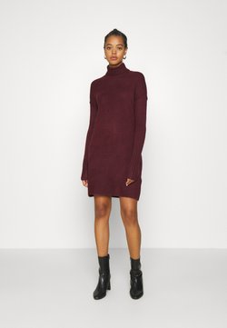 Vero Moda - VMLUCI ROLLNECK DRESS - Robe pull - winetasting