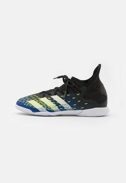 adidas Performance - PREDATOR FREAK .3 IN UNISEX - Botas de fútbol sin tacos - core black/footwear white/royal blue
