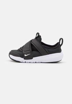 Nike Sportswear - FLEX ADVANCE UNISEX - Zapatillas - black/white/university red
