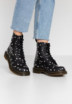 Dr. Martens - 1460 PASCAL HEARTS 8 EYE BOOT - Schnürstiefelette - black