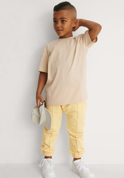 NA-KD - ORGANIC - T-shirt basic - dark beige