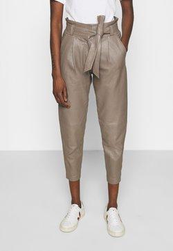 ALIGNE - BELINDA - Leather trousers - dove