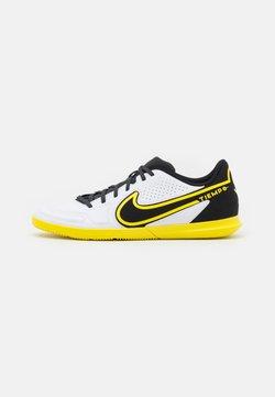 Nike Performance - TIEMPO LEGEND 9 CLUB IC - Halówki - white/dark smoke grey/black/yellow strike