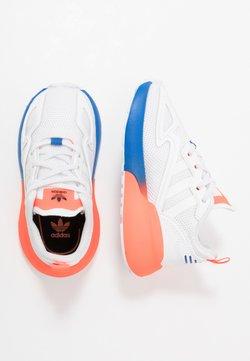 adidas Originals - ZX 2K - Sneaker low - footwear white/solar red/blue