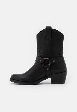 Carmela - LADIES BOOTS  - Cowboy-/Bikerstiefelette - black