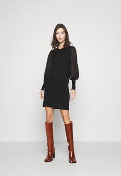 Vero Moda - VMBELLISSIMO U-BACK DRESS - Vestido de punto - black