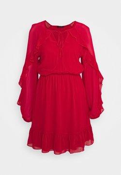 Trendyol - Vapaa-ajan mekko - red