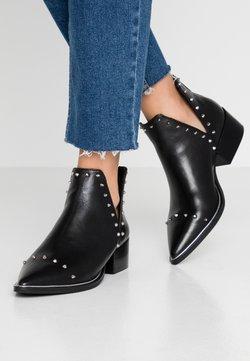 Steve Madden - EPY - Ankle Boot - black