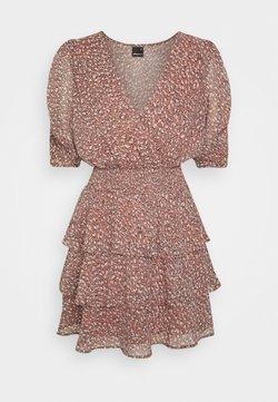 Gina Tricot - AMANDA DRESS - Korte jurk - chili leo