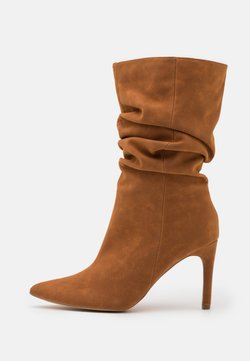 Missguided - RUCHED STILLETO BOOTS - Saappaat - tan
