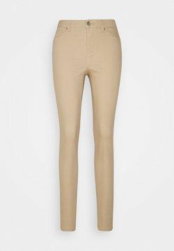 Vero Moda Tall - VMHOT SEVEN MR PUSH PANT - Jeans Skinny Fit - tan