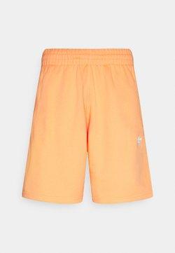 adidas Originals - ESSENTIAL UNISEX - Shorts - hazy orange