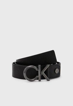 Calvin Klein - SPIKED - Pasek - black