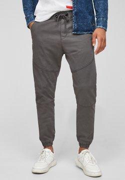 Q/S designed by - REGULAR FIT - Jogginghose - dark grey