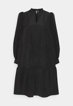 Culture - CUSHARON DRESS - Vapaa-ajan mekko - black