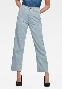 G-Star - REVYNN ULTRA HIGH BOYFRIEND - Jeans a sigaretta - sun faded indigo