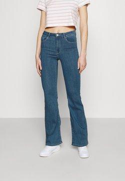 ONLY - ONLHELLA LIFE RETRO - Jeans a zampa - medium blue denim