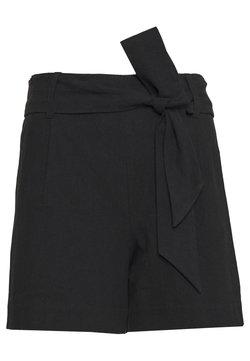 Selected Femme Petite - SLFMALVINA - Shorts - black